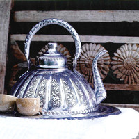 Copper Teapot [LATV0065] - 114.95 : le souk, unique living