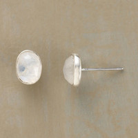 MOONSTONE MOMENT EARRINGS