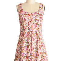 Pocketed Posies Dress | Mod Retro Vintage Dresses | ModCloth.com