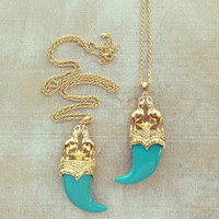 Mughal Elephant Horn Pendant Necklace - Teal