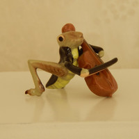 Very Hard To Find Hagen Renaker Mini Grasshopper with Chello from the Bug Band -VHTF- Retired