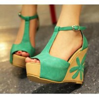 Wholesale Embroidery fashion shoes fish mouth wedges sandals CZ-0567 green - Lovely Fashion