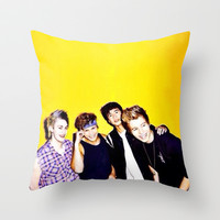 5sos Throw Pillow by kikabarros