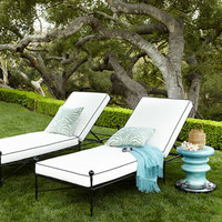 Neoclassical Single Chaise