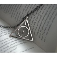 Deathly Hallows Necklace - Rotating Center