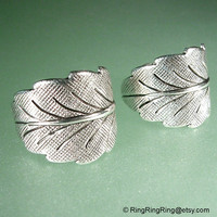 2 detailed leaf ear cuff earrings Antiqued silver by RingRingRing