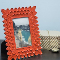 Petaled Perimeter Frame | Mod Retro Vintage Decor Accessories | ModCloth.com
