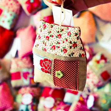 Fabric house / Christmas ornament / Lavender sachets