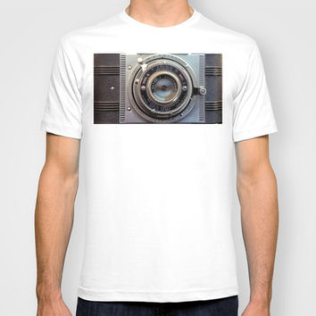 Detrola (Vintage Camera) T-shirt by RichCaspian | Society6