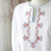 White cotton blouse for women, Cotton shirt, Boho embroidered cotton shirt, Ethnic women blouse, Hippie shirt, Peasant blouse cotton