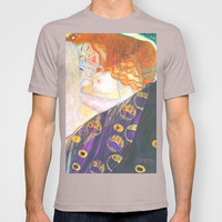 Love & Transcendence - Gustav Klimt T-shirt by BeautifulHomes