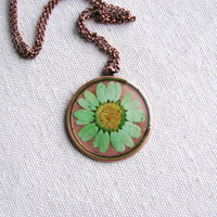 Daisy Necklace Real Pressed Flower Jewelry Resin Green Copper Minimalist Naturalist Botanical Bridal Pendant Naturalist Gift Nature Inspired