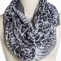 MIXED ANIMAL ETERNITY SCARF