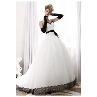 Sweetheart Lace Sash Organza Wedding Gown