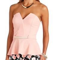 STRAPLESS GOLD-BELTED PEPLUM TOP