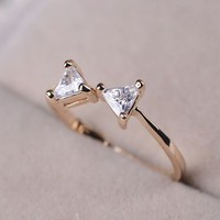 Simply Bow Rhinestone Ring (Thin Band)