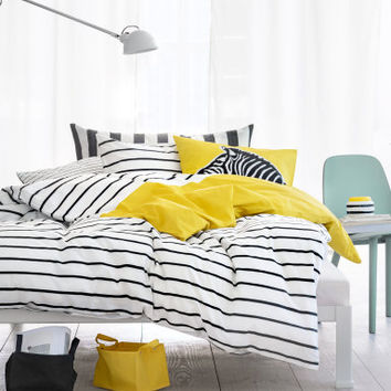 H&M Twin Duvet Cover Set $24.95
