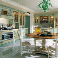 Venetian style lacquered gold leaf kitchen FORTUNA GOLD by Ca' d'Oro by GeD Arredamenti