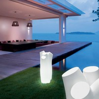 Polyethylene Floor lamp HERMIONE by PANZERI | design Studio Great things to people gt2P