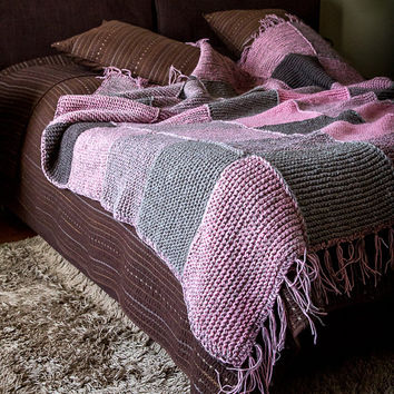 Blanket throw knitted cozy cover for your bed