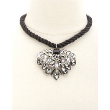 RHINESTONE PENDANT ROPE NECKLACE