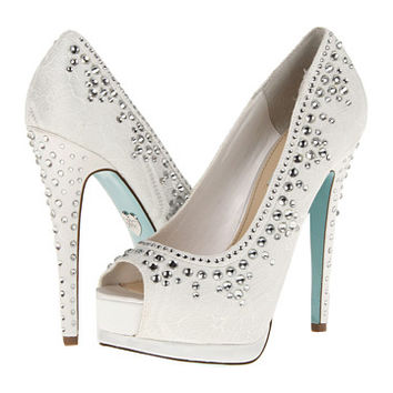 Betsey Johnson Vow