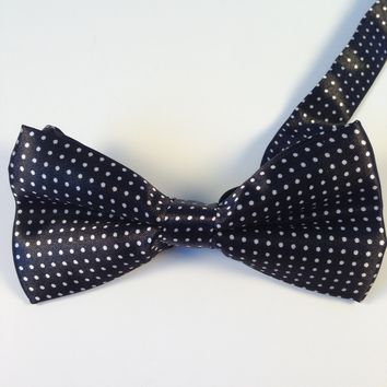 Black Small Polka Dots Bow Tie