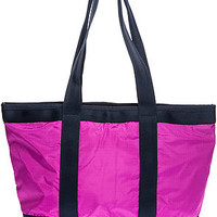 The Medium Travel Tote in Fandango