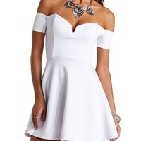 OFF-THE-SHOULDER PLUNGING SWEETHEART SKATER DRESS