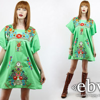 Bright Green Mexican Dress Embroidered Dress Hippie Dress Hippy Dress Boho Dress Festival Dress Vintage 70s Embroidered Mini Dress L XL