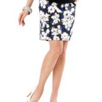 A Pea in the Pod: Secret Fit Belly(tm) Knee Length Slim Fit Maternity Skirt