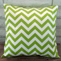 The Nicole - 18 X 18 Pillow Cover - Zig Zag In Green And White | Luulla