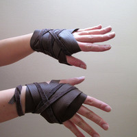 Khaleesi Gloves ONLY - Daenerys Targaryen Dothraki Costume Hand Wraps - Made of Genuine Leather - Game of Thrones Cosplay by PungoPungo