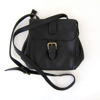 STOREWIDE SALE...90s black shoulder purse. crossbody bag.