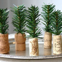 DIY Teeny Trees » Curbly | DIY Design Community « Keywords: Christmas, Holiday, trees, tiny