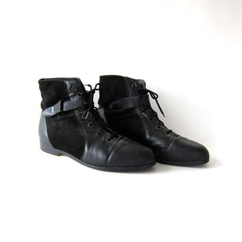 80s black leather ankle boots. lace up buckled boots. granny boots.