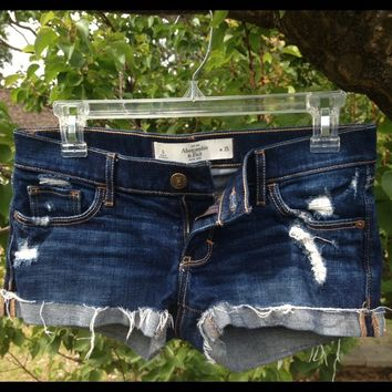 A&F Low Rise Short-Shorts