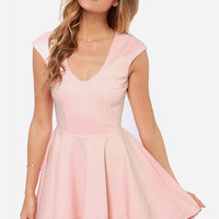 Great Minds Peach Dress