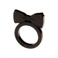 Bow Tie Ring - black