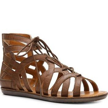 Crown Vintage Darling Flat Sandal