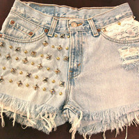 High waist Daisy Duke destroyed shorts with by VIntagedenimcorner