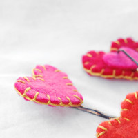Felt heart bobby pins set  cute hand stitched felt by urBunny