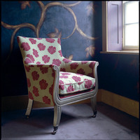 Julian Chichester: Contemporary English furniture with a traditional influence
