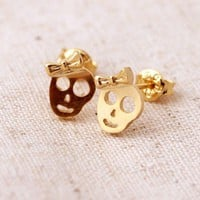 skull ribbon stud earrings gold | bythecoco - Jewelry on ArtFire