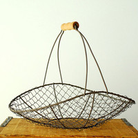 Vintage Wire Flower Basket with Wooden Handle by vint on Etsy