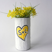 Custom Couple Gift / Vase with initials carving / yellow heart  / Personalized gift / wedding gift / customized vase / made-to-order