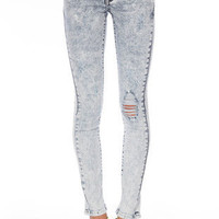 Acid Washed Skinny Jeans in Light Wash :: tobi