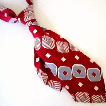 Vintage Neck Tie Pure Silk red with silver geometric shapes Art Deco  Silk Tie