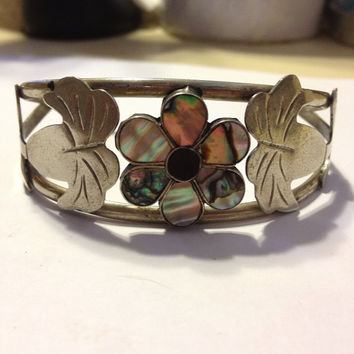 Abalone Silver Cuff Bracelet Flower Floral 18 Grams Mexican Hammered Leaves Leaf Signed Southwestern Vintage Jewelry Gift Hecho En Mexico