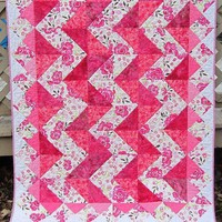 Modern Quilt: Summer Roses and Zig Zags | EveningInTheGarden - Quilts on ArtFire